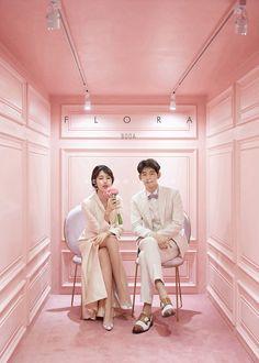 korean prewedding new sample photoshoot Boutique Interior, Cafe Interior Design, Pre Wedding Photoshoot, Wedding Shoot, Wedding Couples, Beauty Salon Decor, Korean Wedding, Store Design, Wedding Styles