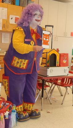daycare magic show show with www.pocketstheclown.ca