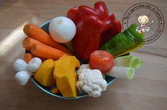 Caldo de verduras rico y nutritivo para todos y sin sal. Muy útil para realizar muchas recetas adaptadas a BLW