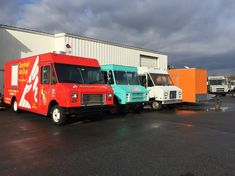Find the best custom food trucks and concession trailers, Builder, outfitter at Custom Concessions in New Castle, Delaware. Rent A Food Truck, Food Truck For Sale, Trucks For Sale, Concession Trailer For Sale, Concession Food, Trailers For Sale, Used Food Trucks, Custom Food Trucks, Kitchen Builder