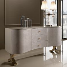 Lacquered Nubuck Shaped Luxury Sideboard With Drawers