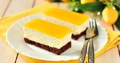 Cheesecake jelly slice