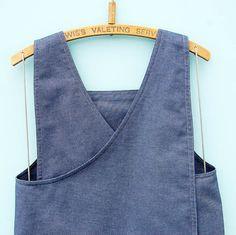 Denim Japanese apron dress| Cross back pinafore| Craft apron by ZUTusine on Etsy