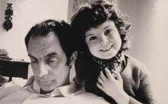 Italo Calvino and his daughter Giovanna, in their house in Paris in 1973