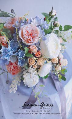 Fall Wedding Bouquets, Diy Wedding Flowers, Bridal Flowers, Floral Wedding, Wedding Colors, Silk Flower Bouquets, Silk Flowers, Wedding Arrangements, Floral Arrangements