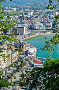 Donostia I Bilbao, Bay Of Biscay, Biarritz, Basque Country, France, Travelogue, Old Houses, Places Ive Been, City Photo