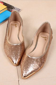 Shiny Low Vamp Pointed Shoes