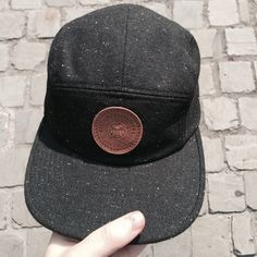 Black obey panel cap  Leather round