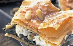 Χορτόπιτα με ανθότυρο και κουκουνάρι Veggie Dishes, Spanakopita, Greek Recipes, Cheesesteak, Starters, Apple Pie, Veggies, Snacks, Ethnic Recipes