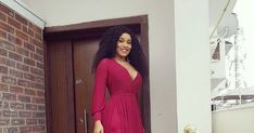 "http://ift.tt/2twKvrc http://ift.tt/2Fn7M4D   - Nigerian Actress Onyi Alex Looking Really Beautiful In The Dress  Onyi Alex is one among few Nollywood actresses who are using their talent to make way for themself. She is one of them celebrities i call fashion slayer bacause she hardly go wrong on her choice of what to wear.  Check out her dress today's dress as she celebrates the international women's day  ""Rule number 1Stay Winningit only gets better and bigger"" She shared while posting the…"