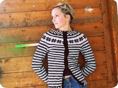 Ravelry: daria's vømmøl fana anno 2012 i'd like to make a fana sweater like this from handspun.