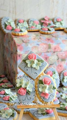 cookies - by hrisiv @ CakesDecor.com - cake decorating website