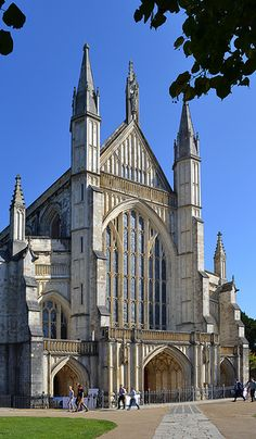 West Facade of Winchester Cathedral in Hampshire, England. Astrogeographic position: Winchester Cathedral is located in the same constellation as the Vatican of the endurable, traditionalistic, conservative earth sign Capricorn indicator for administrative instituions and the fire sign Sagittarius the sign of the priest castes and main indicator for shamanism. Valid for field level 3.