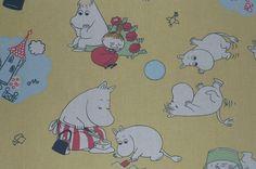 Moomin Stoff Vintage gelb Schrott / Patchwork von tillukka auf Etsy, $9.00