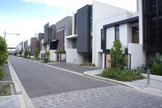 Grouped (basement, podium and undercroft) parking - Auckland Design Manual Row House Design, Modern House Design, Building Exterior, Building Design, Architecture Details, Modern Architecture, Modern Townhouse, Basement House Plans, Storey Homes