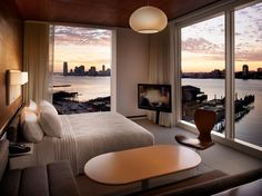 The Standard Hotel, New York Zimmer mit Einblick Urban Bedroom, Cozy Bedroom, Bedroom Decor, Bedroom Ideas, Master Bedroom, Indie Bedroom, Bedroom Neutral, Bedroom Interiors, Bedroom Simple