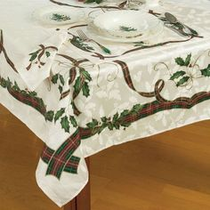 "Lenox Holiday Nouveau Christmas Tablecloth  60"" x 84"" Oblong Rectangular #LENOX"