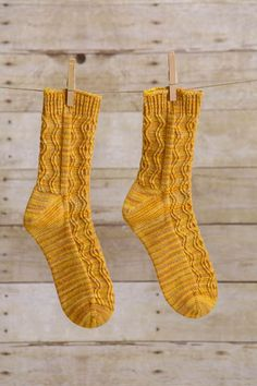 Ravelry: Sand in the Hourglass Socks pattern by Penny Schumers Wool Socks, Knitting Socks, Hand Knitting, Knitted Hats, Knitting Patterns, Stretchy Bind Off, Men In Heels, Little Cotton Rabbits, Patterned Socks