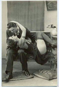 Couples postcard, 1920