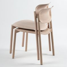 German design graduate Tobias Nitsche developed a chair with a seat and back moulded from lightweight 3D plywood.