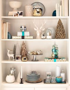 More Christmas shelves