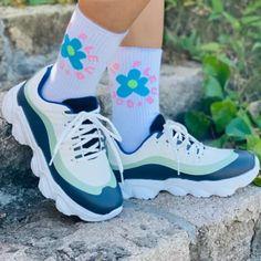 Faux Leather Block Heel Sneakers Burgundy Sneakers, Dress With Sneakers, Dress And Heels, Casual Sneakers, Sneakers Fashion, Fashion Shoes, Knit Sneakers, Sneakers Nike, Fashion Outfits