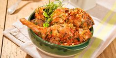 Lapin à la provençale : tomates olives poivrons basilic Chicken Wings, Cauliflower, Chicken Recipes, Turkey, Meat, Vegetables, Food, Olives, Reproduction