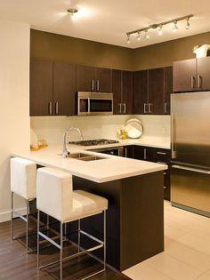 """Необычные сочетания и совершенство форм - такой гарнитур добавит перчинки любой кухне. Просто красиво: эта стильная лаконичная кухня подойдет практически к любому интерьеру и станет отличной помощницей для любой хозяйки. Позвоните дизайнеру """"Диаларт"""", расскажите какую кухню вы бы хотели. Рассчитаем стоимость, разработаем дизайн, изготовим, доставим и установим! Обращайтесь. ☎+375 (29) 683 02 80 ☎+375 (29) 693 02 80 ✉Email: 2027000@mail.ru г. Минск, ул. Ленина, 27, пав. 45 (ТЦ """"ЛенинГрад, 2…"""