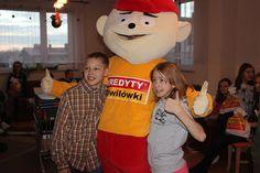 Na Gwiazdkę my i wolontariusze Fundacji Bliżej Szczęścia odwiedziliśmy dzieciaki w Placówce Opiekuńczo-Wychowawczej w Kętach. Super spędzony czas! Więcej zdjęć: https://www.facebook.com/media/set/?set=a.922443904513304.1073741860.112681162156253&type=3