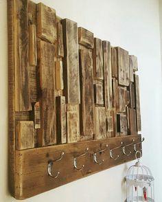 Attaccapanni a muro artigianale in legno con ganci di acciaio 100x60