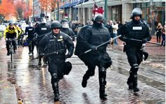 Why Can't One of America's Most 'Progressive' Cities Reform Its Police Force? - by Zoë Carpenter