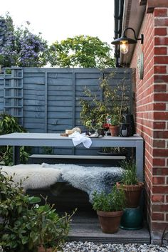 What we all need is some inspiration for improving our garden space into a welcoming room for when warmer weather arrives, without spending a penny.