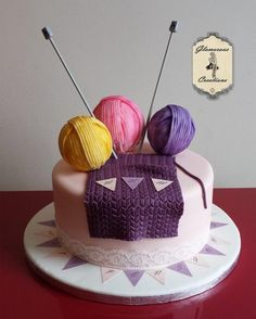Knitting Cake ~ all edible and very well done!