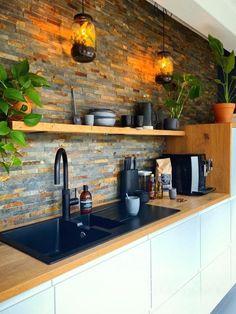 Loft Kitchen, Kitchen Room Design, Small Space Kitchen, Home Decor Kitchen, Interior Design Kitchen, Kitchen Furniture, New Kitchen, Home Kitchens, Small Spaces