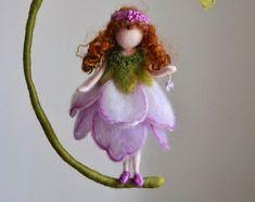 Autumn Fairy Waldorf inspirierte Nadel Filz Wand von MagicWool