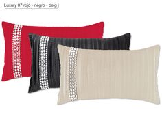 """Cojin Luxury 07 Antilo, con un elegante y moderno diseño de estilo geométrico en el que destacan unas lujosas """"cadenetas"""" realizadas en bisutería. Puede adquirirlo sin relleno ó con relleno incluido desde el menú desplegable """"producto"""""""