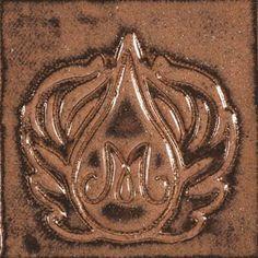 SW113 Speckled Plum Mayco Stoneware Glaze