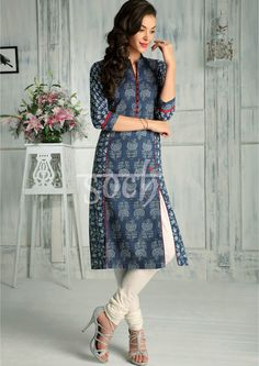 Salwar Pattern, Kurta Patterns, Dress Patterns, Pakistani Dresses, Indian Dresses, Indian Outfits, Casual Work Outfits, Casual Dresses, Style Indien