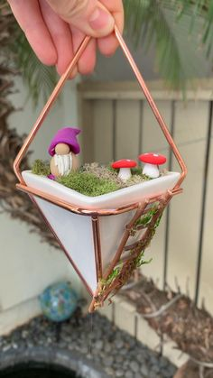 Fairy Garden Pots, Indoor Fairy Gardens, Fairy Garden Furniture, Fairy Garden Houses, Miniature Fairy Gardens, Diy Fairy House, Fairy Garden Ornaments, Garden Gnomes, Fairies Garden