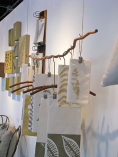 Hanging posters- could show concepts from start to finish. Craft Fair Displays, Market Displays, Store Displays, Display Ideas, Scarf Display, Fabric Display, Instalation Art, Exhibition Display, Exhibition Ideas