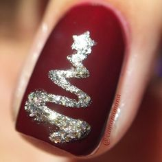 Awesome 56 Easy but Joyful Christmas Nails Art Ideas You Will Totally Love. More at http://aksahinjewelry.com/2017/09/28/56-easy-joyful-christmas-nails-art-ideas-will-totally-love/