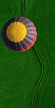 take my children on a hot air ballon ride Air Ballon, Hot Air Balloon, Boxing Day, Balloon Rides, Drone Photography, Beautiful World, Cool Photos, Portrait, Amazing