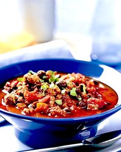 Recipe: Beef Chili Five Ways (Classic, Moroccan, Mexican, Italian, and Cincinnati) - Recipelink.com