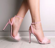 Where can I find these? Blonde Aesthetic, Pink Aesthetic, Cute Shoes, Me Too Shoes, Cher Horowitz, Elle Woods, High Heels, Shoes Heels, Legally Blonde