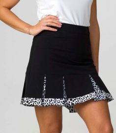 "Need new golf apparel? Daily Sports takes pride in offering women a variety of golf clothing. Buy this Black Daily Sports Ladies Joce 17¾"" Golf Skort today from Lori's Golf Shoppe!"