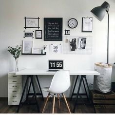 35 wonderful home office design ideas 32 Home Office Space, Home Office Design, Home Office Decor, Home Decor, Office Ideas, Loft Office, Study Room Decor, Room Ideas Bedroom, Bedroom Decor