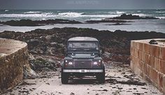 #defender90 beautifully captured @islandrovers #landrover #landroverphotoalbum #landroverdefender @landrover @landrover_uk