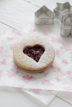 Galletas Linzer con mermelada de cerezas