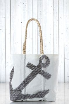 Medium Black Kevlar Anchor Tote - handcrafted from recycled sails. Nautical Style, Nautical Fashion, Girly Stuff, Girly Things, Preppy Inspiration, Beach Bag Essentials, Spring Looks, Shopping Spree, Newport