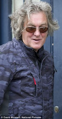 Jeremy Clarkson steps out with a wad of cash after giving up drinking Top Gear Bbc, Clarkson Hammond May, Giving Up Drinking, James May, Jeremy Clarkson, Zac Efron, Grand Tour, Chris Evans, Jon Snow